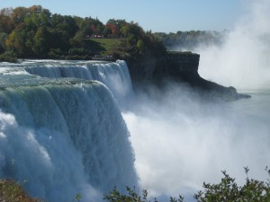 niagra_falls___natural_wonder_by_e_cila.jpg
